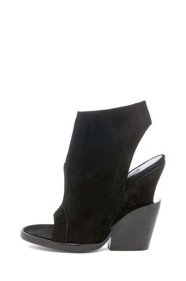 THEYSKENS' THEORY | Emke Epro Suede Sandal in Black