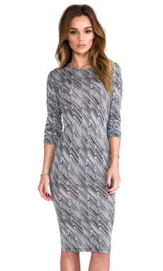 10 CROSBY DEREK LAM Zig Zag Print Long Sleeve Dress in Black