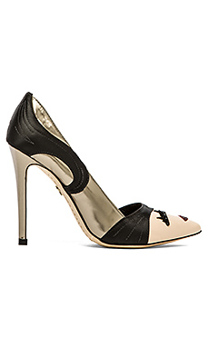 Alice + Olivia Stacey Wink Pumps in Light Bronze