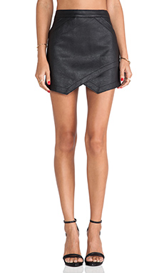 BCBGMAXAZRIA Envelope Skirt in Black