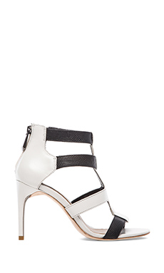 BCBGMAXAZRIA Palmer Colorblock Pumps in Black & White
