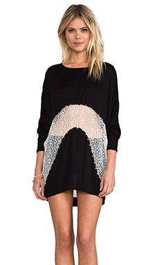bless'ed are the meek Wander Tunic in Black/White