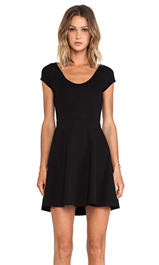 BLQ BASICS CUT OUT BACK SHORT SLEEVE DRESS