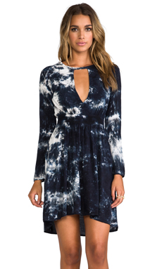 Blu Moon V-Waisted High Low Dress in Stars