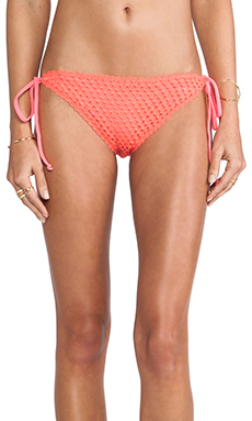 BEACH RIOT Hyper Bottom in Watermelon