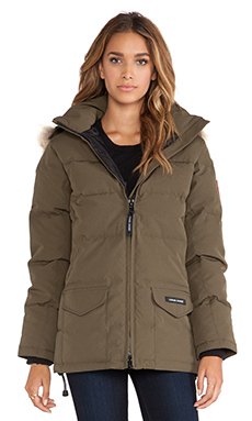 Canada Goose Solaris Parka With Coyote Fur Trim in Military Green