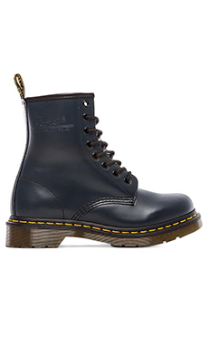 Dr. Martens 1460 W 8-Eye Boot in Navy