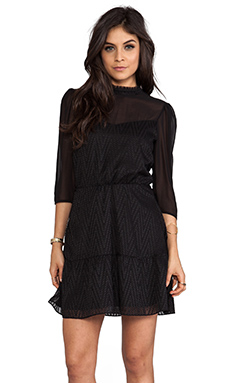 Dolce Vita Halia Zigzag Dobby Dress in black