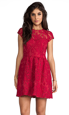 Dolce Vita Winsor Organza Lace Dress in Berry