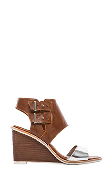 DV by Dolce Vita Cambria Sandal in Cognac