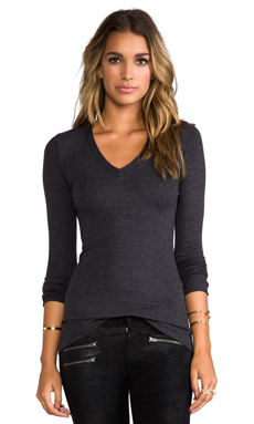 Heather V Neck Tee in Heather Black