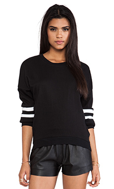 L'AMERICA Baby I Love You Pullover in Black