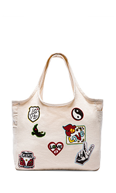 TAYLOR PATCHES CANVAS TOTE