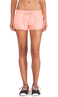 Lorna Jane Blaze Run Short in Fluro Orange & Pale Neon Peach