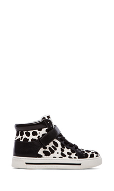 Marc by Marc Jacobs Cute Kicks 10mm Lace Up Sneakers with Calf Fur en White Multi