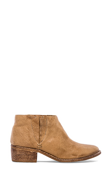 Matisse Dodge Bootie in Natural
