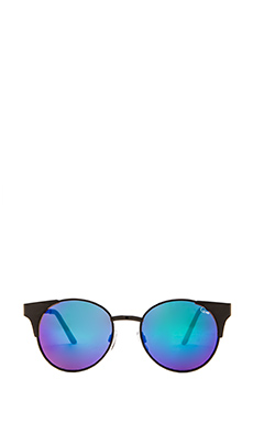 Quay Asha Sunglasses in Black