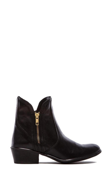 Steve Madden Zipster Boot in Black Leather