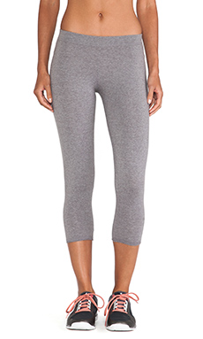 SOLOW Basic Low Rise Crop Legging in Medium Heather Grey