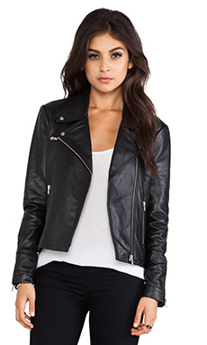 VEDA Next Jacket in Black