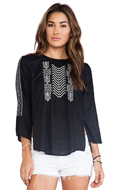 Velvet by Graham & Spencer Albany Embroidered Rayon Challis Top en Noir