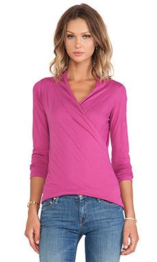Velvet by Graham & Spencer Meri Gauzy Whisper Top in Glam