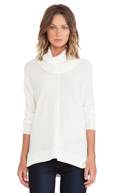 Vince Seamed Turtleneck in Winter White