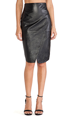 Viparo Everest Long Wrap Skirt in Black