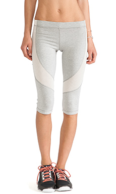 VPL Flexible Capri Pant in Heather Grey