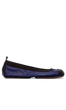 Yosi Samra Samantha Leather Fold Up Flat in Oxford Blue & Black